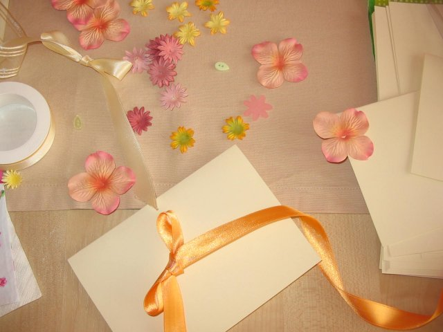 Přípravy - Blbinky potřebné k vytvoření pozvánek.:-))