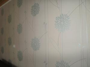 tapeta v reálu vypadá mnohem lépe, je nádherná:)