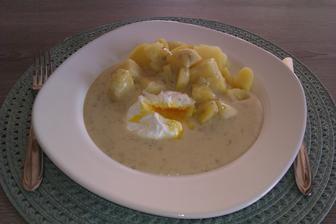 koprovka se ztraceným vejcem a bramborem...