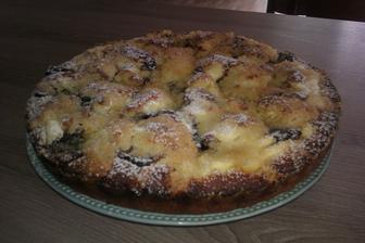 rychlý koláč s tvarohem a povidlama...