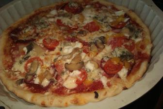 naše oblíbená pizza...