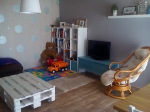 Obývák už téměř vybaven :-)