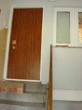 stary vchod do bytu