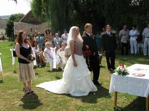 Naše svatební mašle po čtvrté v akci.