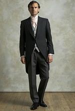 Michalov oblek, vrelo odporucujem. Netradicne, a super...:o))