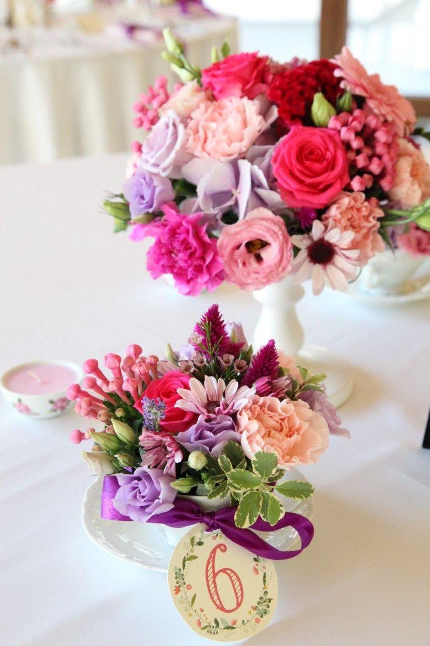 Fialovo -ružová svadobná výzdoba v hoteli Hradná brána - Obrázok č. 3