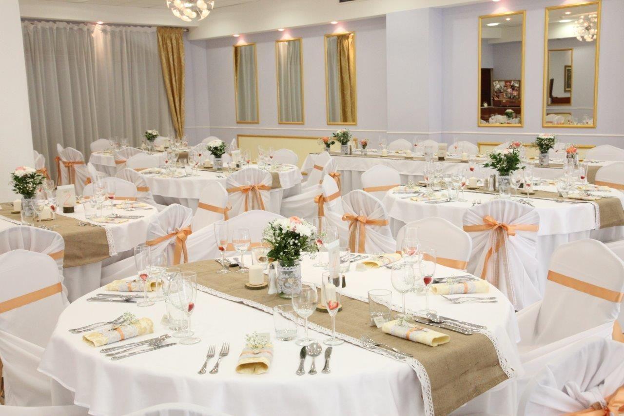Svadobná výzdoba v hoteli Sebastian v Modre - Obrázok č. 2