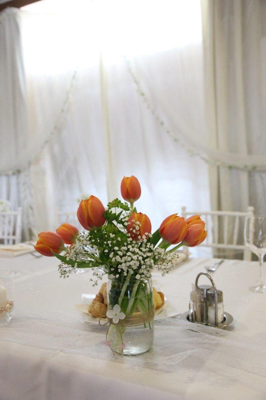 Svadobná výzdoba s tulipánmi - Obrázok č. 16