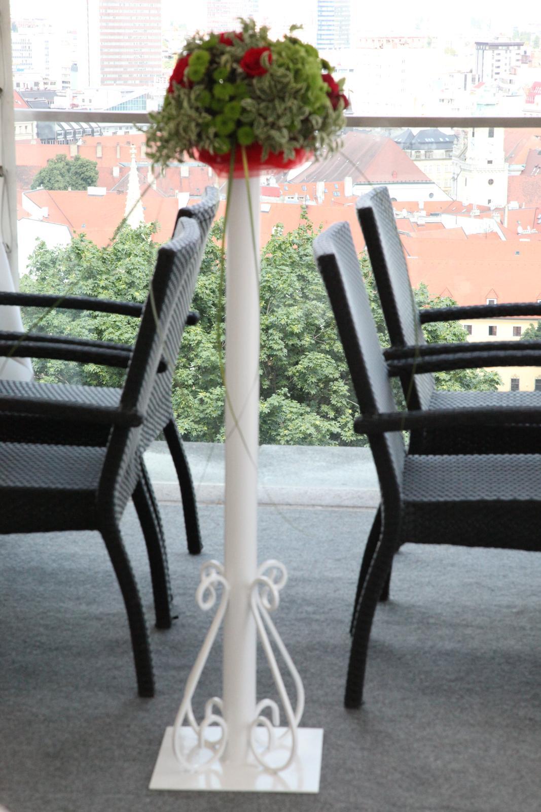 Stĺpiky na svadobný obrad - Obrázok č. 1