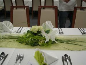 dekoracia bude zeleno biela