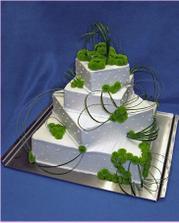 náš dort - marcipánový a marcipánové kaly a růže