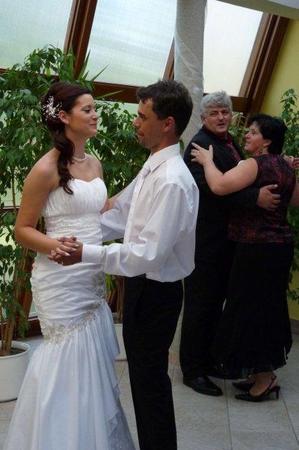 Majka Farkašová{{_AND_}}Milanko Vanák - náš prvý manželský.....