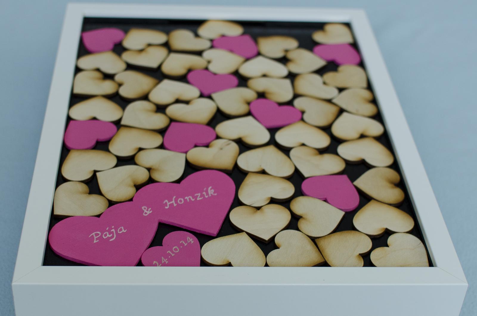 Moje práce - weddart - Svatební rám dvojsrdce s barevnými srdíčky