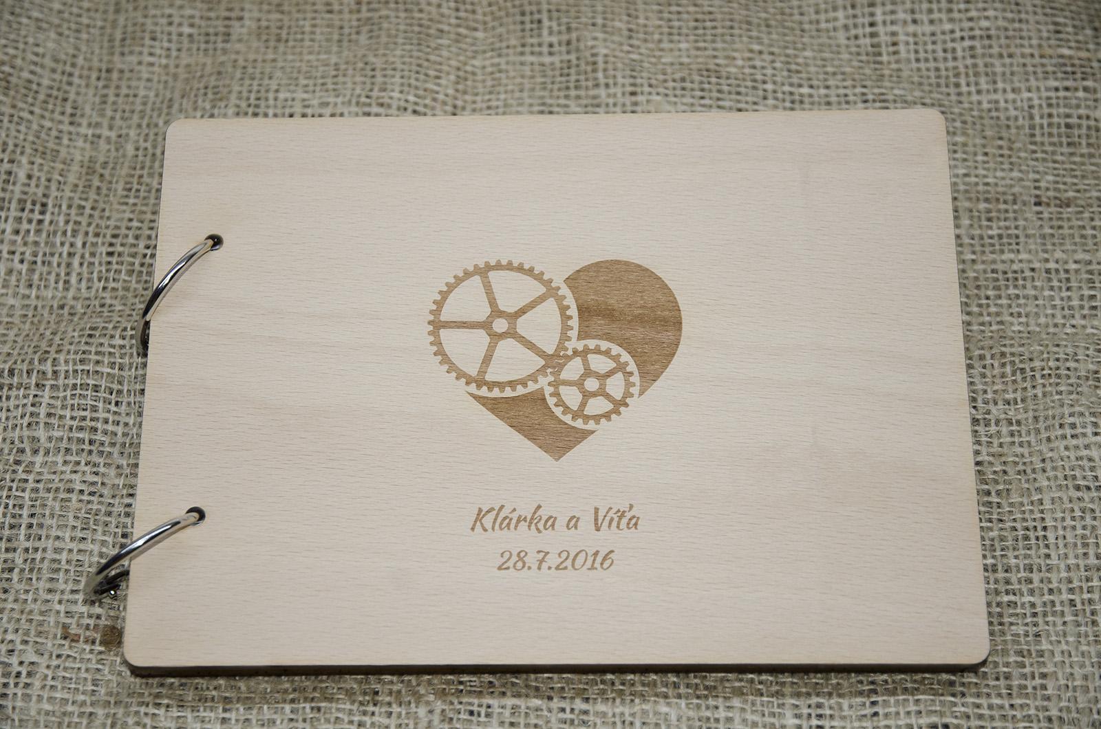 Novinka - dřevěné svatební knihy a fotoalba - Obrázek č. 4