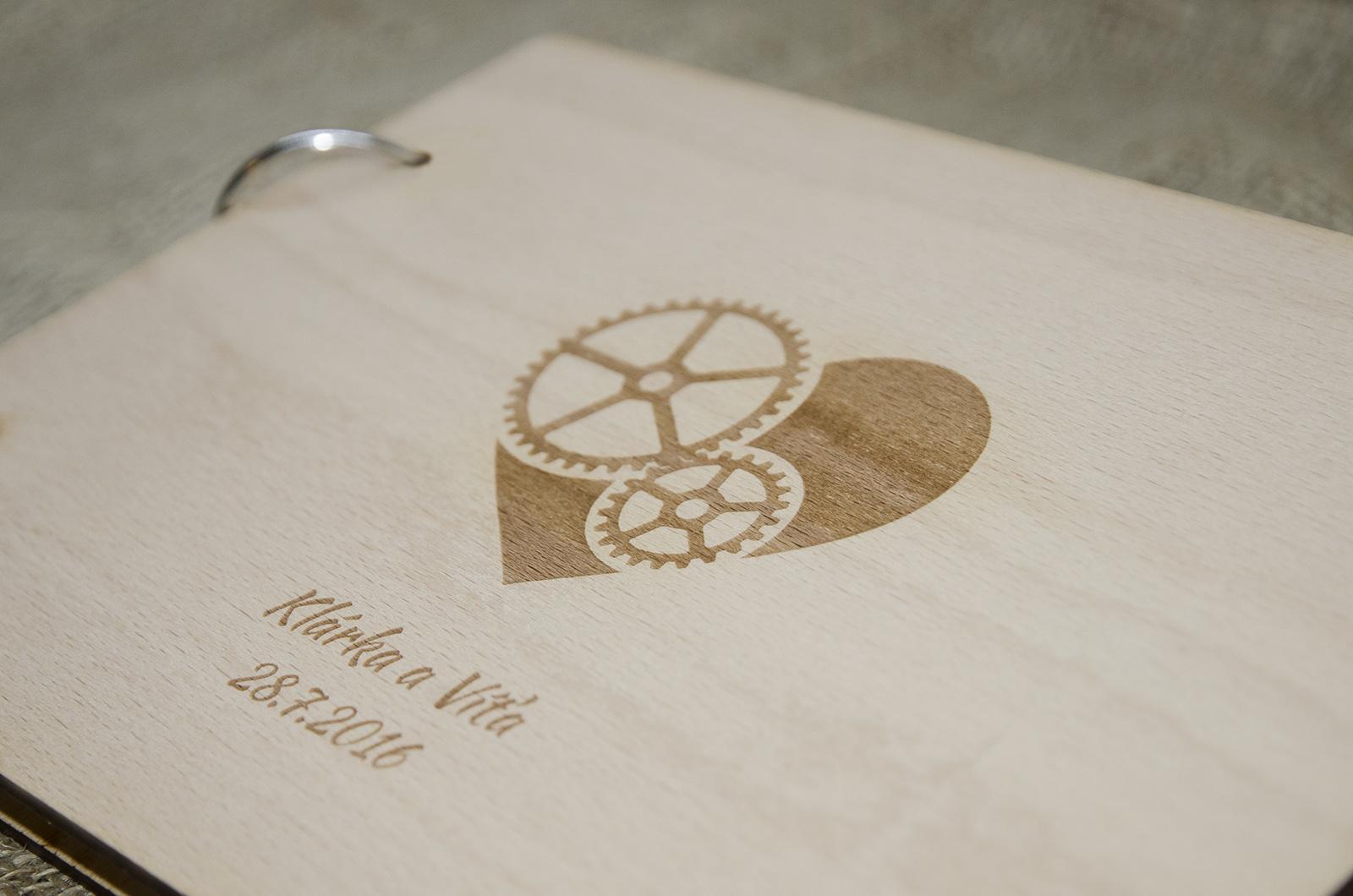 Novinka - dřevěné svatební knihy a fotoalba - Obrázek č. 5