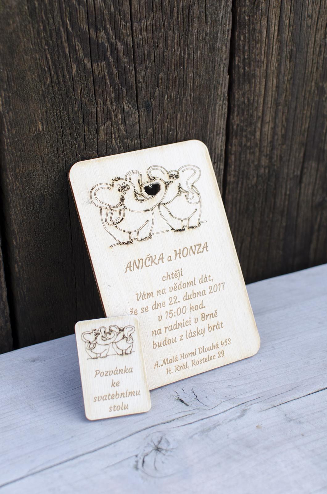 Svatební oznámení Sloníci - dřevěné - Obrázek č. 1