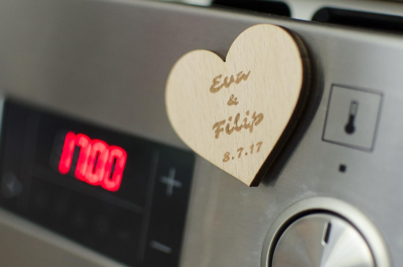 Dřevěná svatební magnetka - Obrázek č. 1