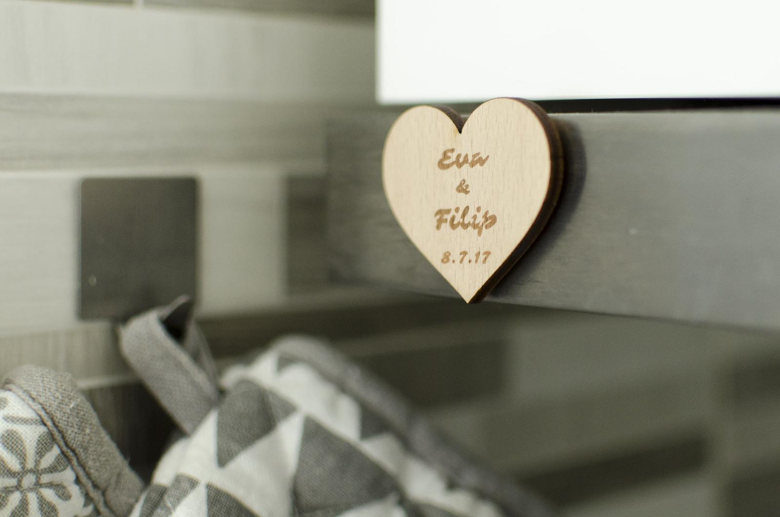 Dřevěná svatební magnetka - Obrázek č. 3