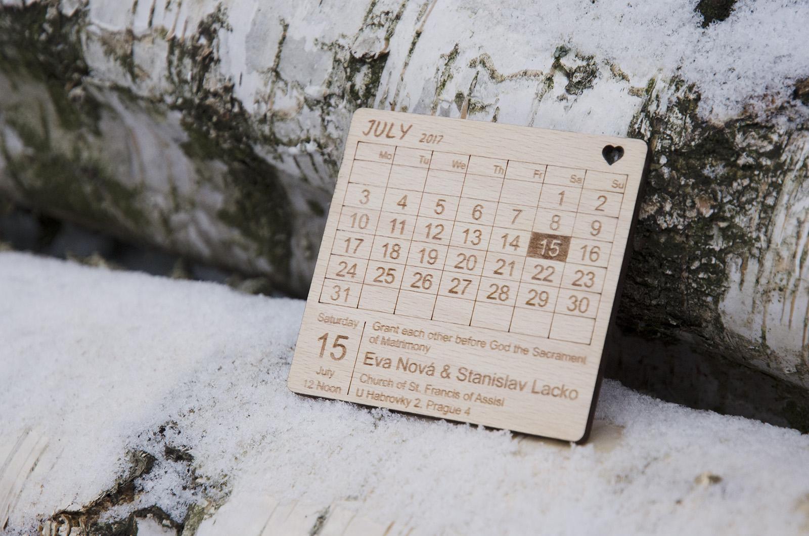 Dřevěné svatební oznámení- kalendář - Obrázek č. 2