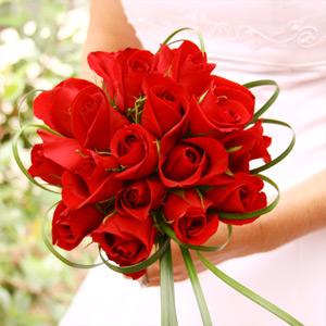 Rose wedding - Variácie kytice červených ruží