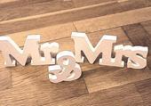 Mr & Mrs,