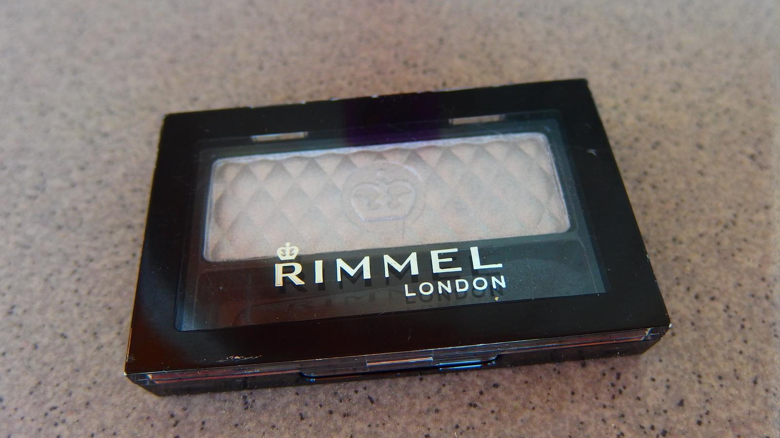 Rimmel Glam Eyes Mono oční stíny  - Obrázek č. 1