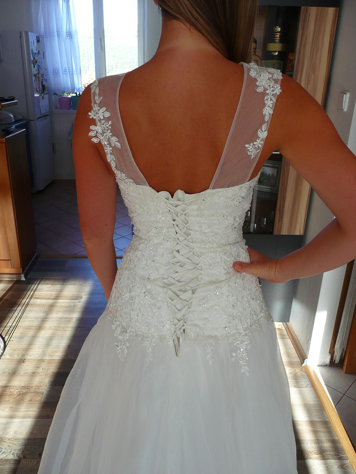 Svatební šaty s originálním dekoltem 36-40 - Obrázek č. 3
