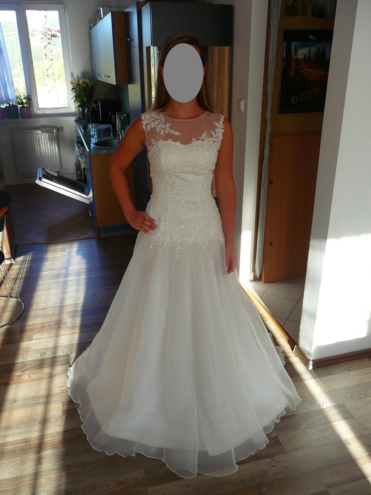 Svatební šaty s originálním dekoltem 36-40 - Obrázek č. 1