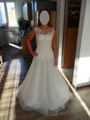 Svatební šaty s originálním dekoltem 36-40, 38