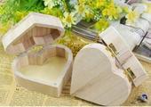 Dřevěný box/šperkovnice,
