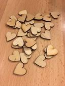 Dřevěná srdíčka, 2 cm, 50 ks / 100 ks,