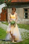 extravagantní tylové dvoubarevné svatební šaty , 34