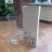 sklenena váza 40 cm vysoká,