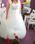 Svadobné šaty  iba odskusane, 46