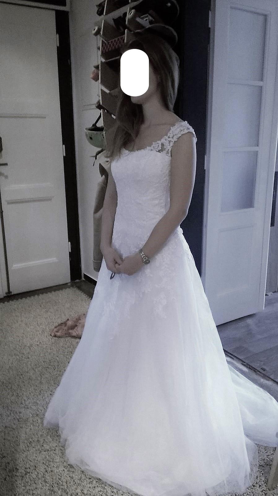 Vysněné svatební šaty - Obrázek č. 1