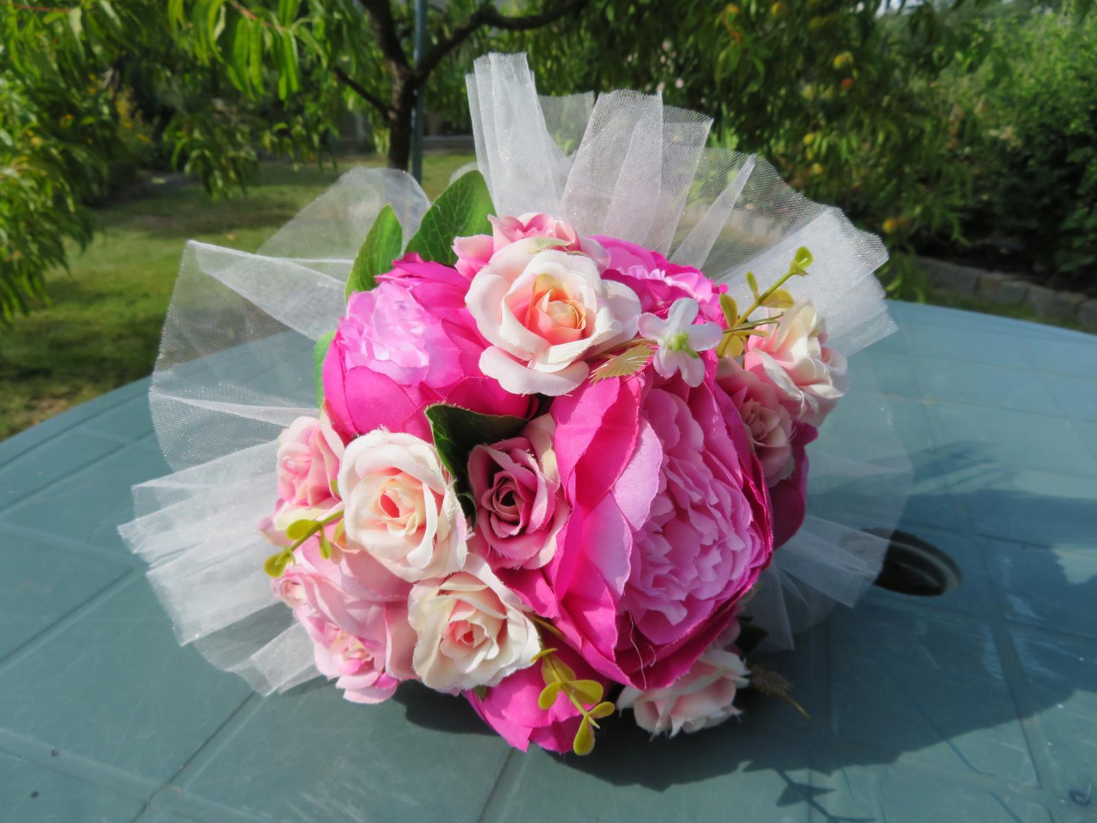 KYTICE z umělých květin - Obrázek č. 2