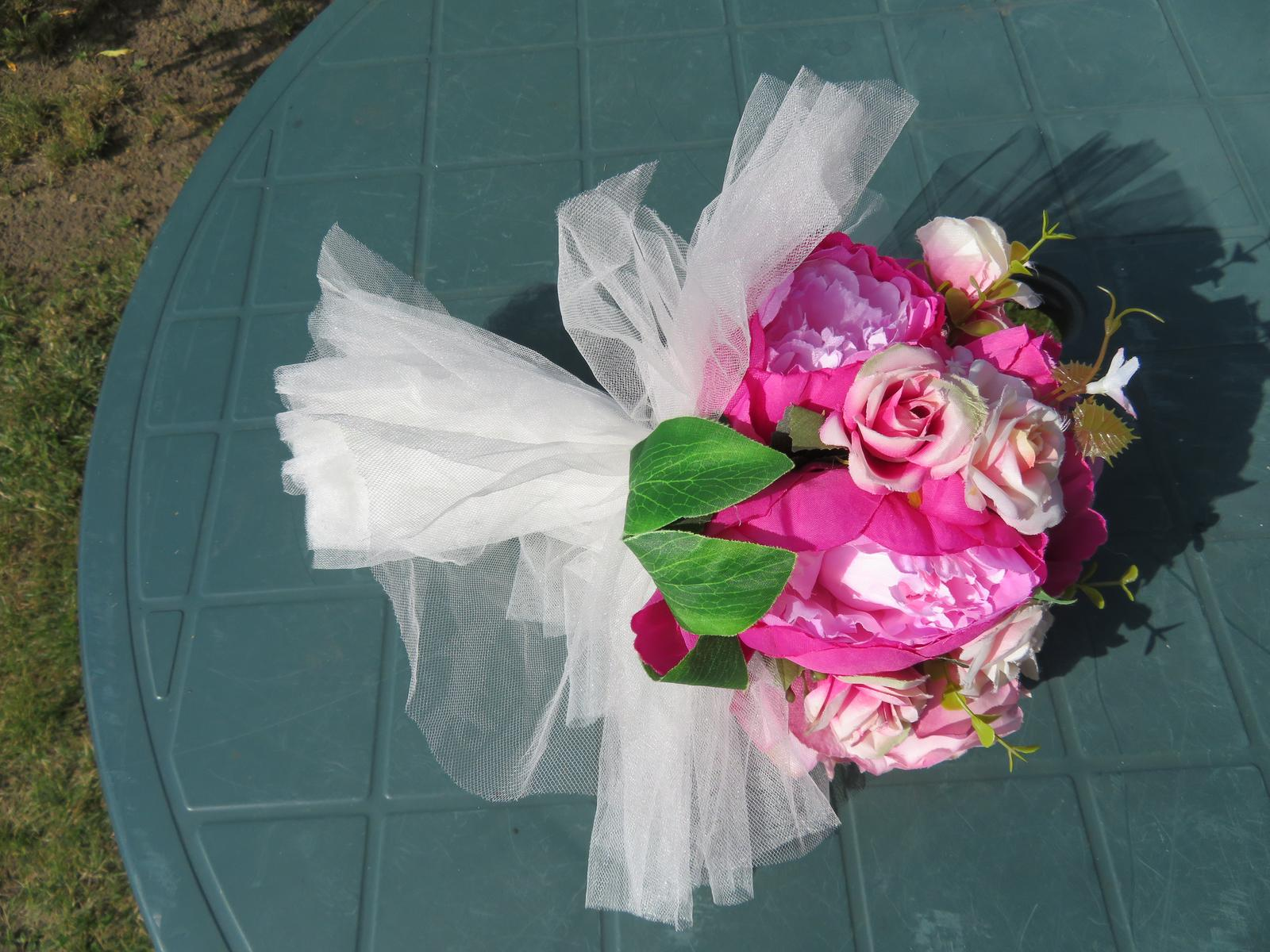 KYTICE z umělých květin - Obrázek č. 3