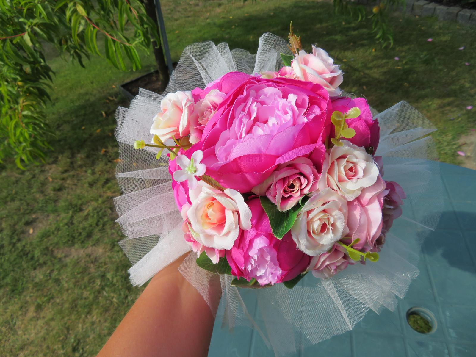 KYTICE z umělých květin - Obrázek č. 4
