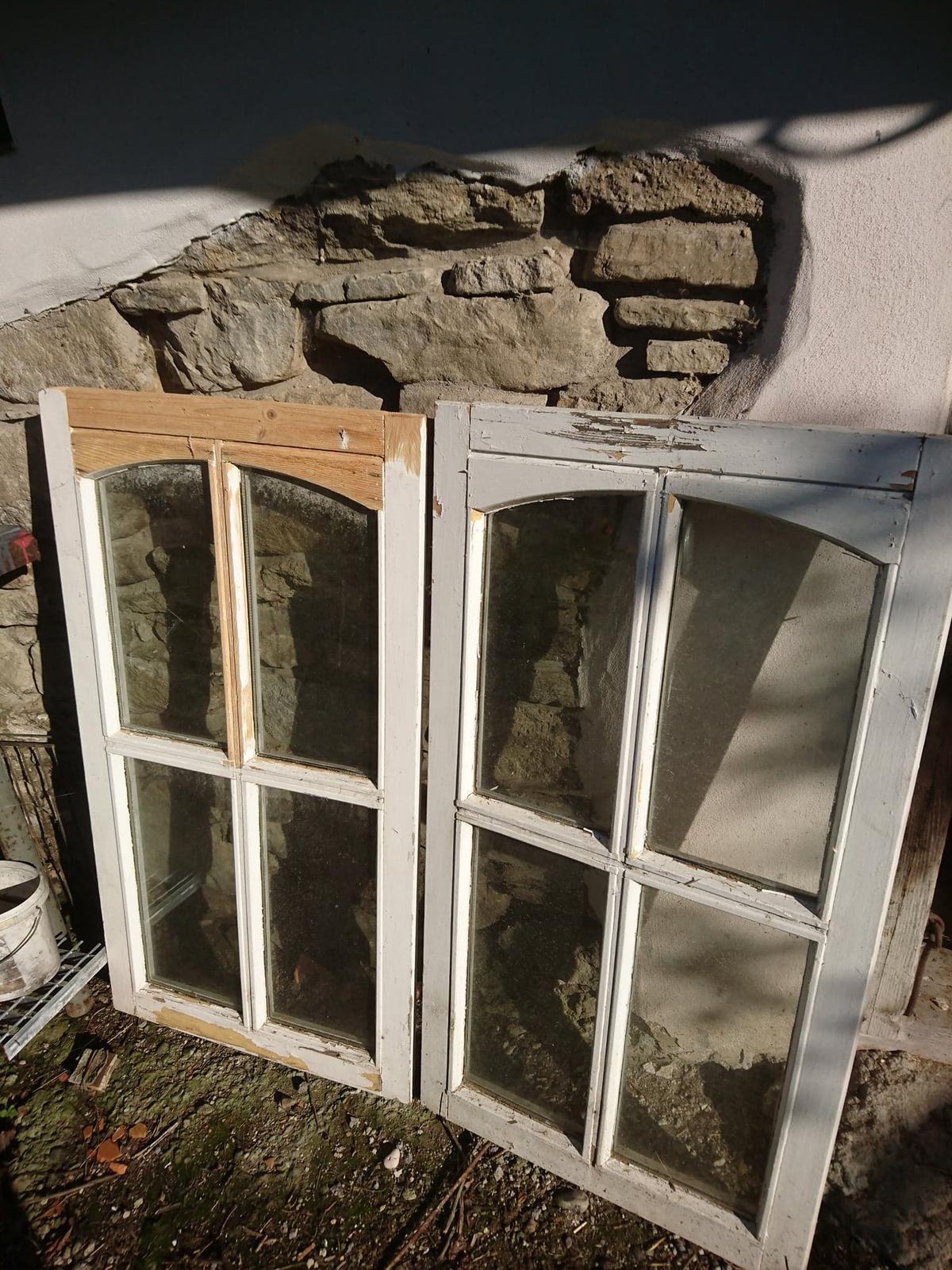 Vintage okna - Obrázek č. 1