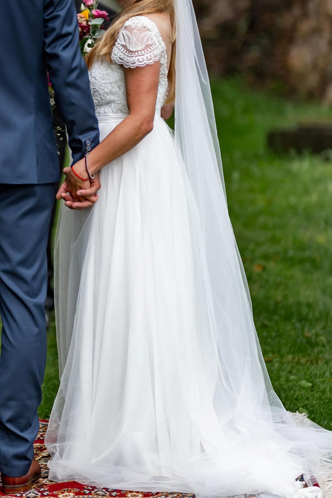 Svatební šaty 38 ivory s rukávky, krajka z korálků+perliček, tyl.sukně - Obrázek č. 1