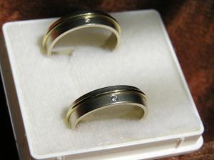 naše vytúžené a krásne prstienky :-))