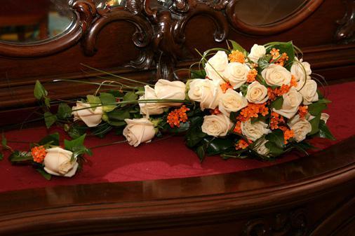 Chuchu86 - moja kytica bude približne taká, budu ružičky marhuľovej a v bielej farby