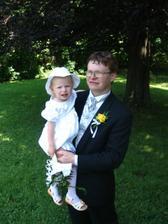 manžel s dcerkou...