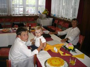 nejmladší host synoveček Vojtík...