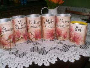 Dózičky z Caro kávy - pre kamarátku :)
