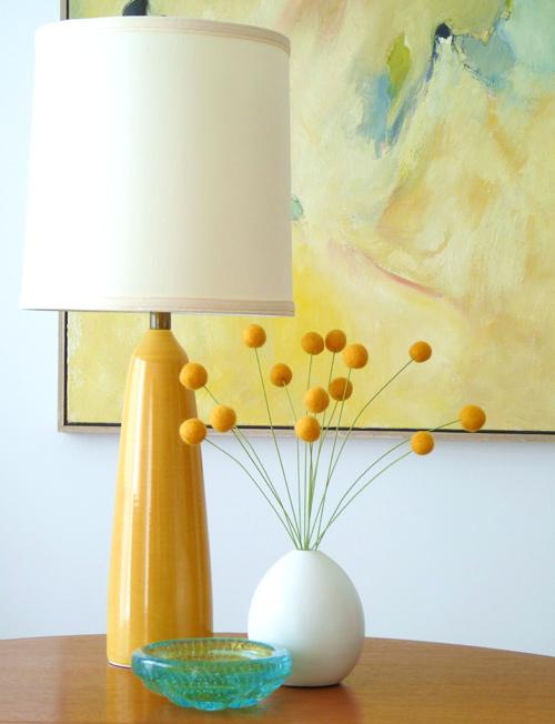 Recyklované a iné nápady ♻ - http://www.designsponge.com/2011/06/diy-project-felt-billy-balls.html#more-107774