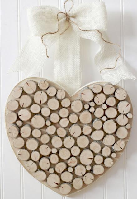 Recyklované a iné nápady ♻ - toto sa mi osobne velmi páči. mám rada veci z dreva...................http://woodyouliketocraft.blogspot.com/2012/02/valentines-crafty-sister-style.html