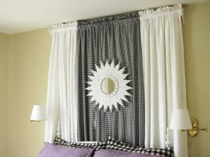 http://www.momtastic.com/home-and-living/home/165311-how-to-make-a-starburst-mirror