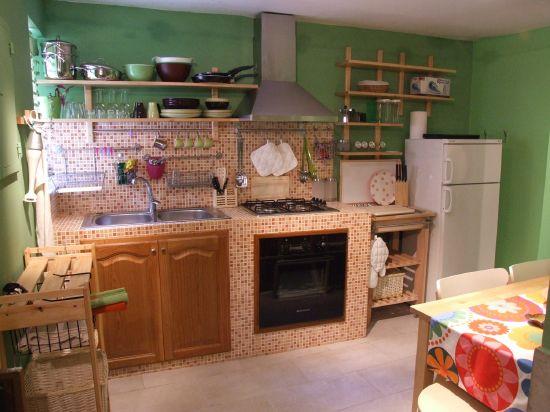 Drevo a biela v kuchyni - Obrázok č. 87