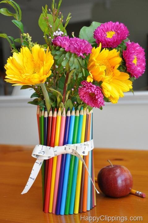 Recyklované a iné nápady ♻ - jarná farebná vázička